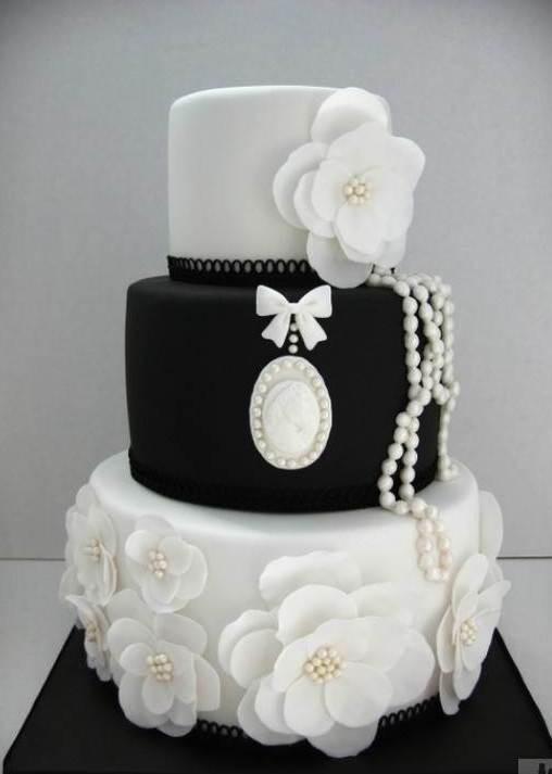 Siyah Beyaz  - Elan Pastanesi