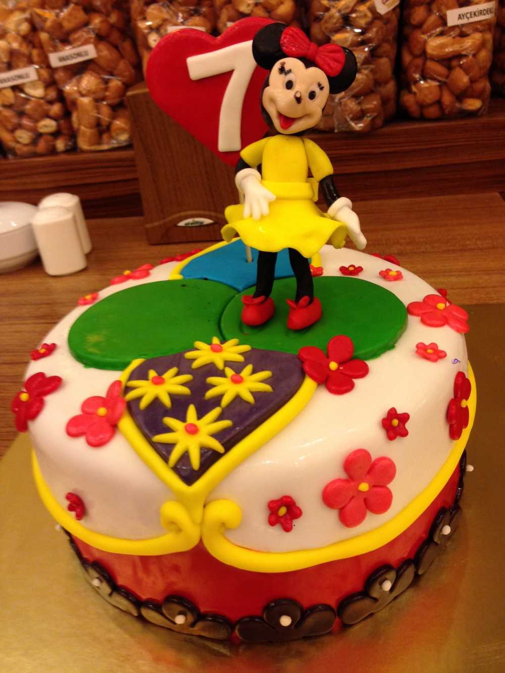 Minnie  Mouse - Elan Pastanesi