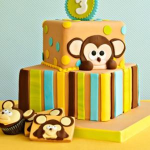 3 yaş iki katlı pasta