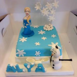 Karlar ülkesi Elsa